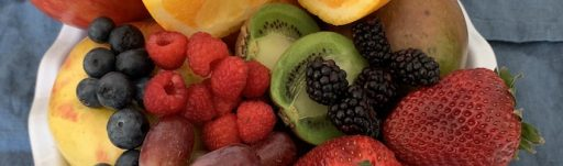 Vitamin and mineral content in fruits