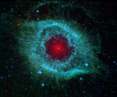 comets_kick_up_dust_in_helix_nebula_pia09178-1